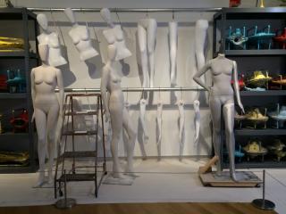 mannequins1_th.jpg