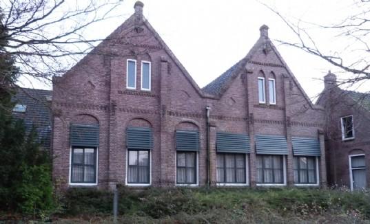 Voormalige_RK_basisschool_in_De_Marne.jpg